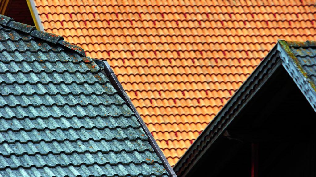 can i paint roof shingles